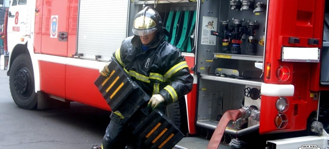 Испытание пожарных наружных стационарных лестниц баннер